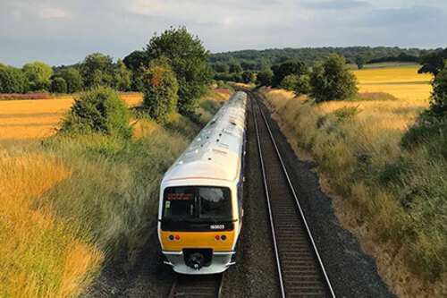 Chiltern Railways + Connections