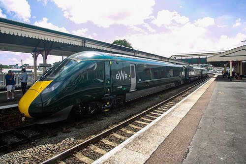 Great Western Railway + Connections