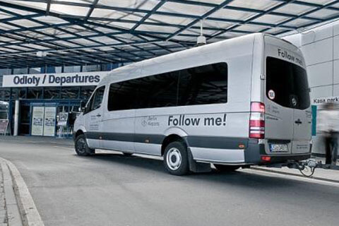 Follow me! Interglobus