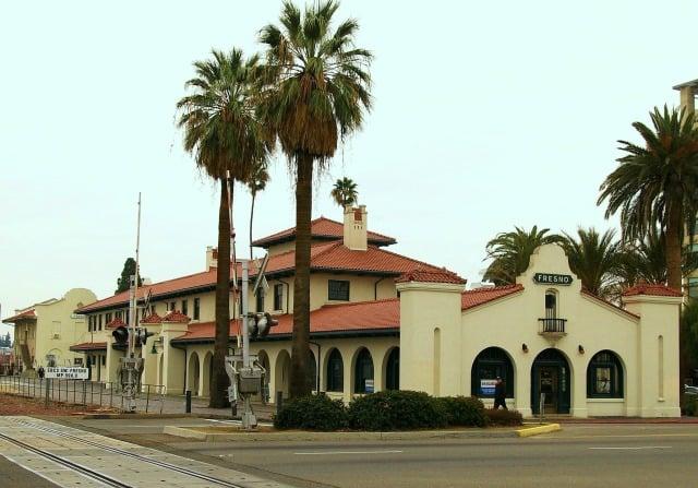 Santa Fe Station - 2650 Tulare St  - FNOAMT-0