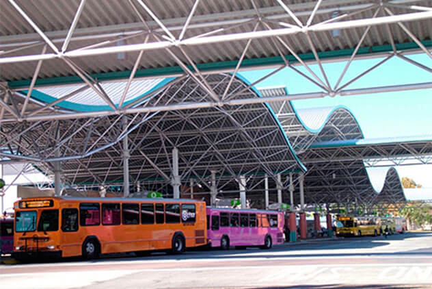 Orlando, FL - Bus Terminal (555 N John Young Pkwy) - ORLGLI-0